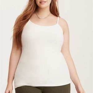 Torrid 5X Top Tank Foxy Ivory/White Fitted Cami